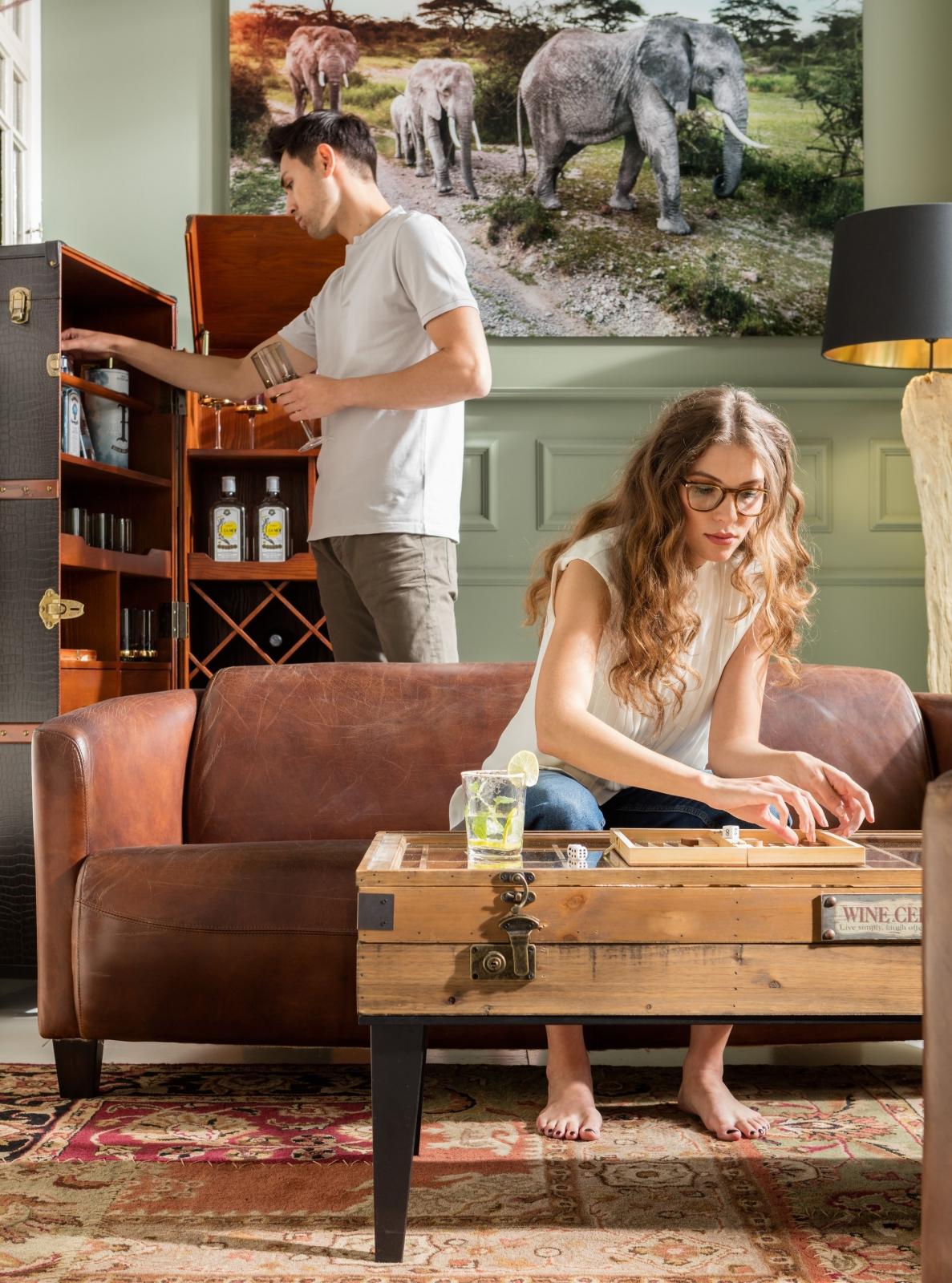 Лаунж-стиль и колониальная роскошь для комнаты