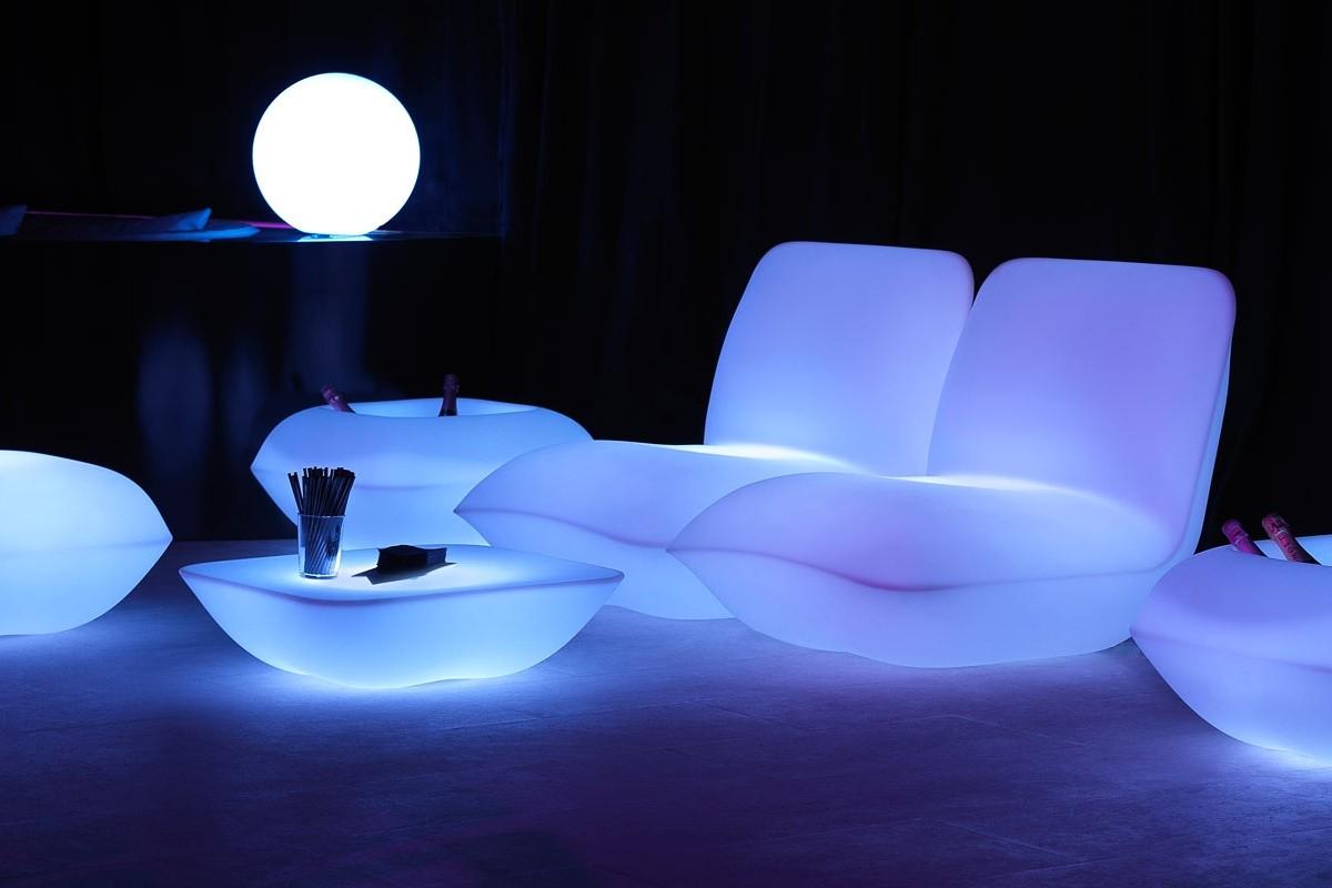 Романтичный и роскошный светящийся гарнитур для создания неповторимого интерьера