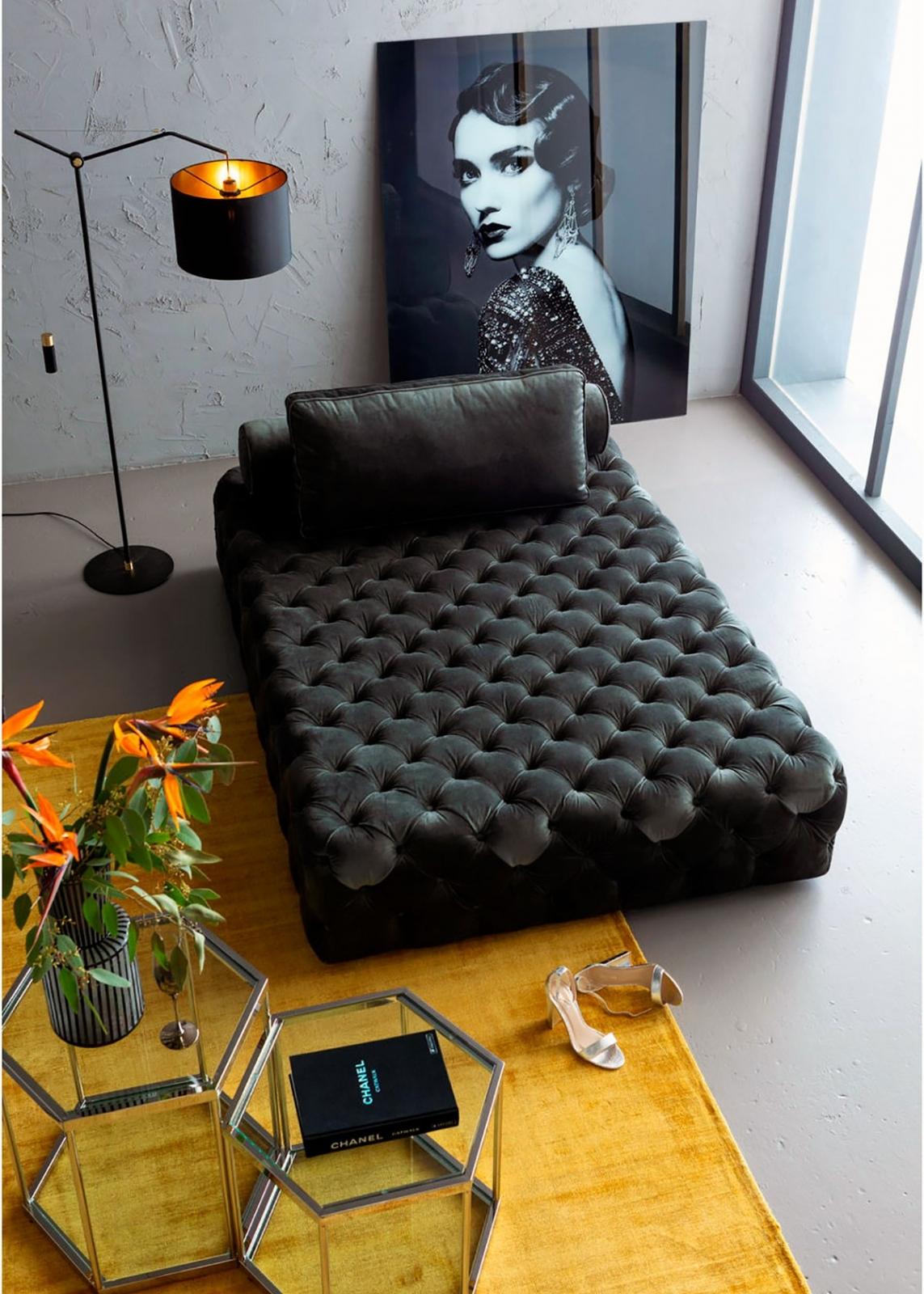 Роскошная зона отдыха: бескомпромиссные цвета, модные формы и стильный декор