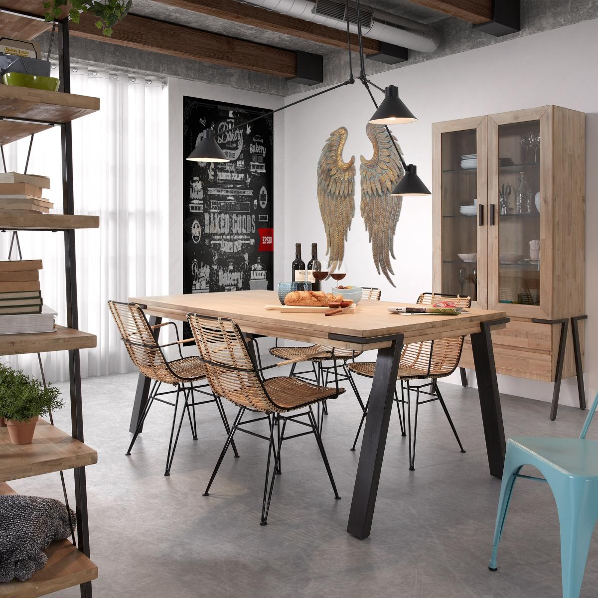 Современный открытый интерьер кухни, удачное решение