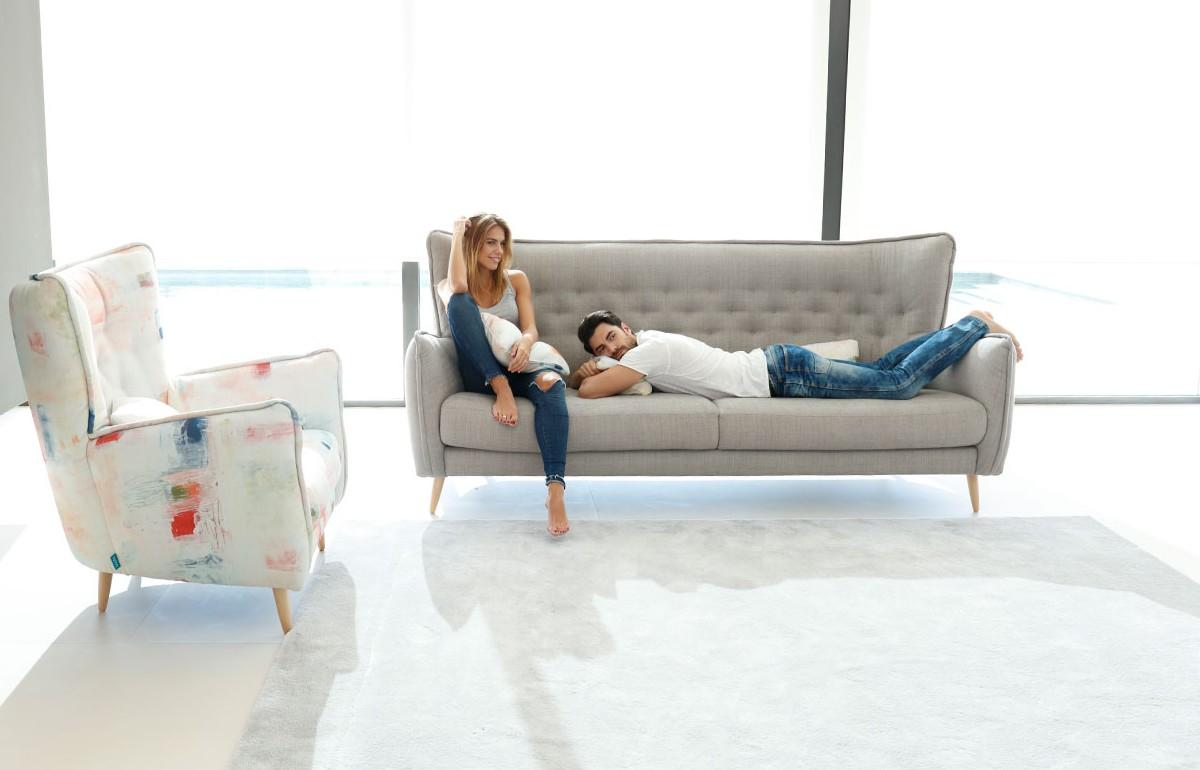 Молодежная гостиная без лишней мебели