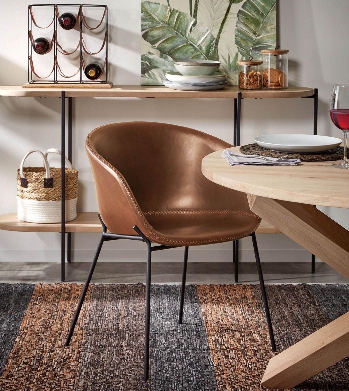 Набор предметов для обеденной группы: простой и благородный дизайн столовой