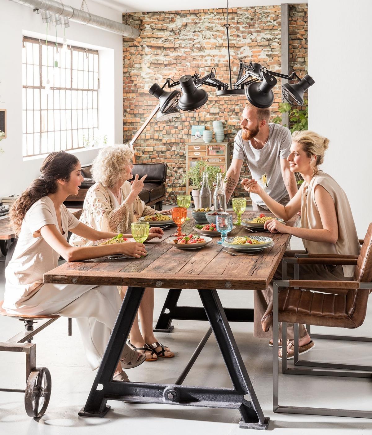 Мебель для столовой в стиле лофт, настоящая находка для ценителей винтажа