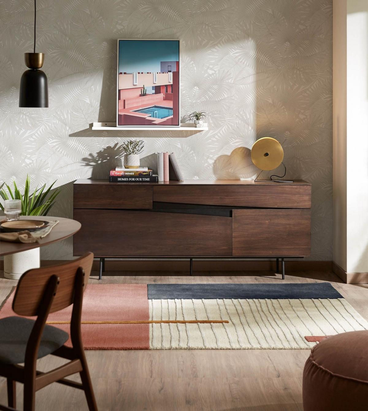 Стильная просторная столовая в стиле Гранж