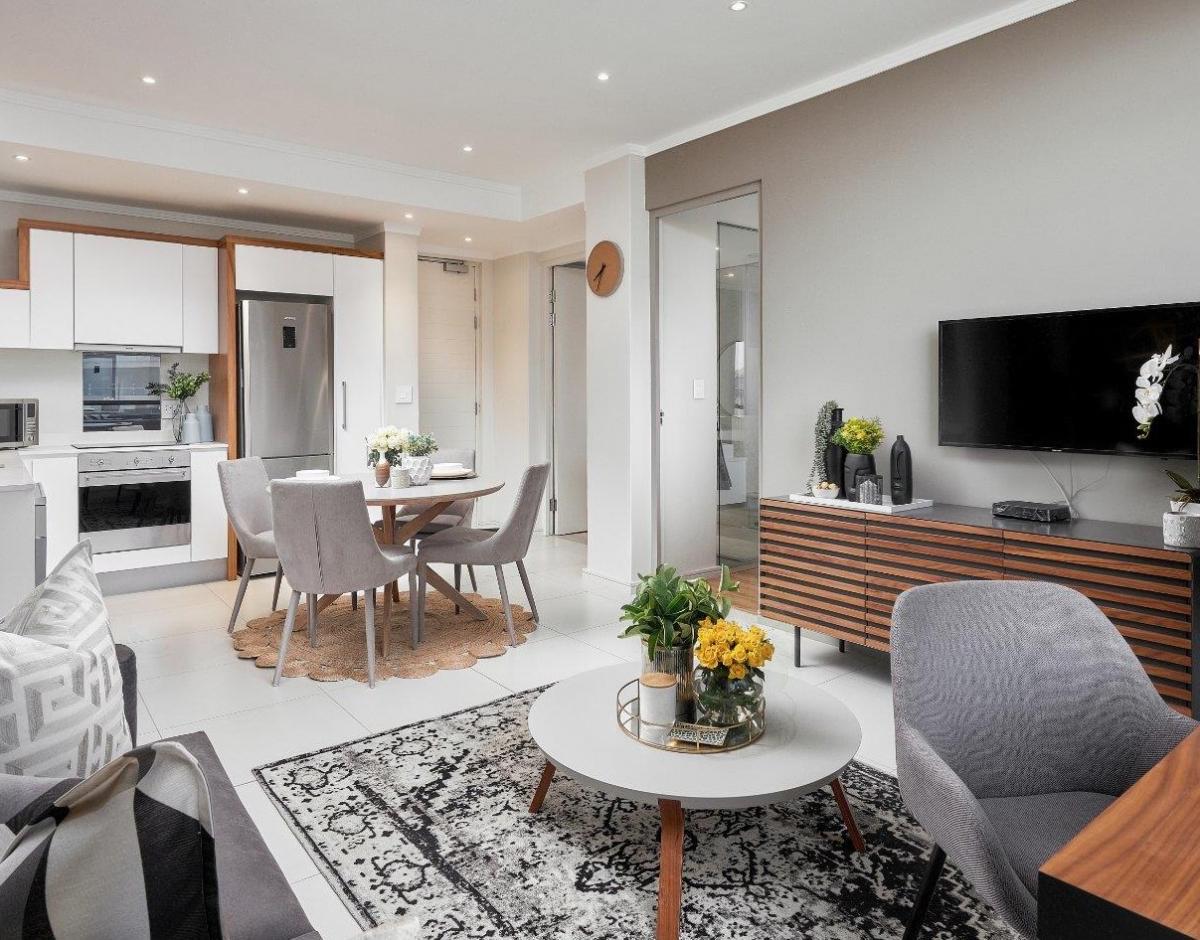 Дизайн большой и удобной гостиной в пастельных тонах