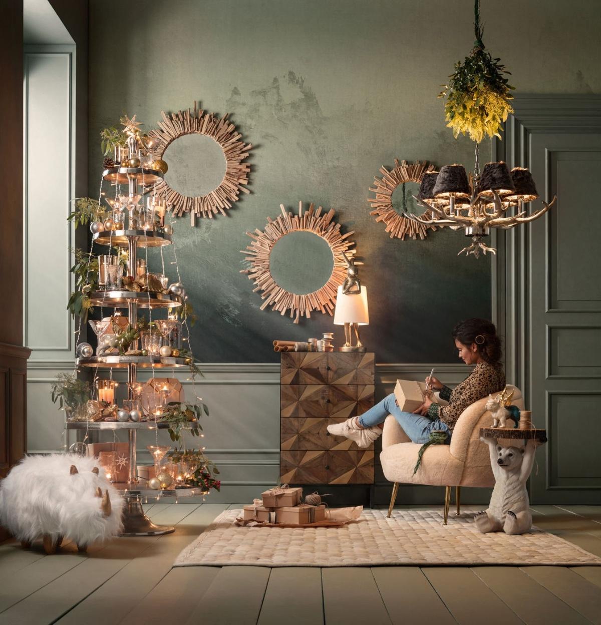 Неординарный дизайн гостиной в мистическом стиле