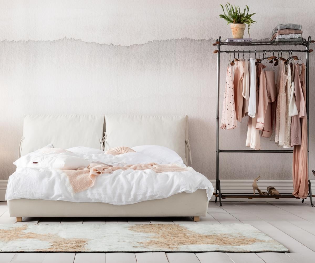 Дизайн спальни в пастельных красках