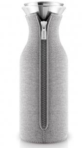 Графин fridge в неопреновом текстурном чехле 1 L светло-серый