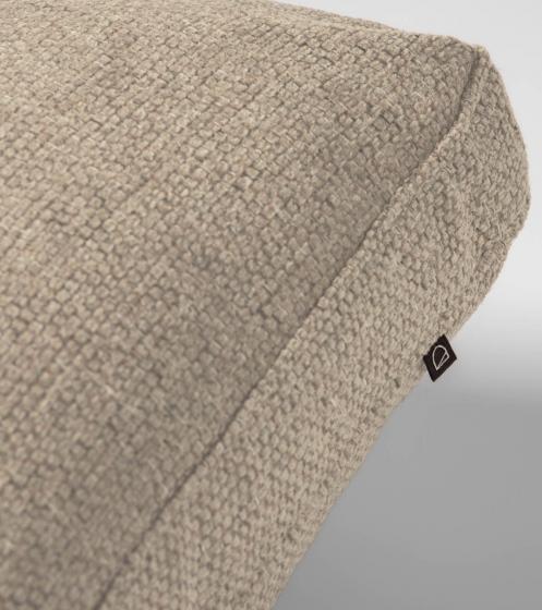 Подушка для дивана Blok 50X70 CM бежевого цвета 3