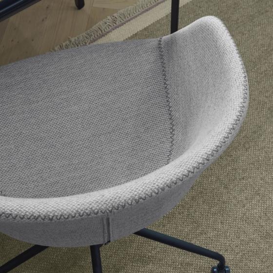 Офисное кресло Yvette 72X72X76-88 CM светло-серого цвета 6