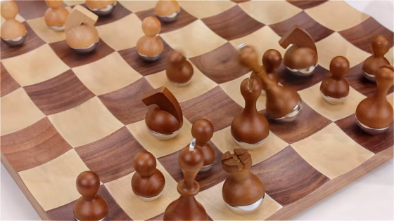 Шахматный набор wobble 2