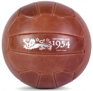 Декоративная интерпретация мяча Swiss WC Match-Ball коричневого цвета
